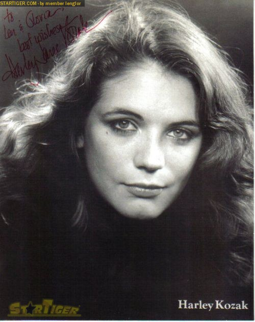 Harley Jane Kozak autograph collection entry at StarTiger