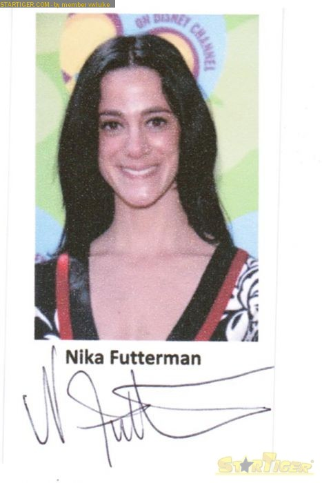Nika Futterman autograph collection entry at StarTiger